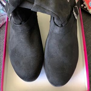 Shoes - Black Ankle Booties